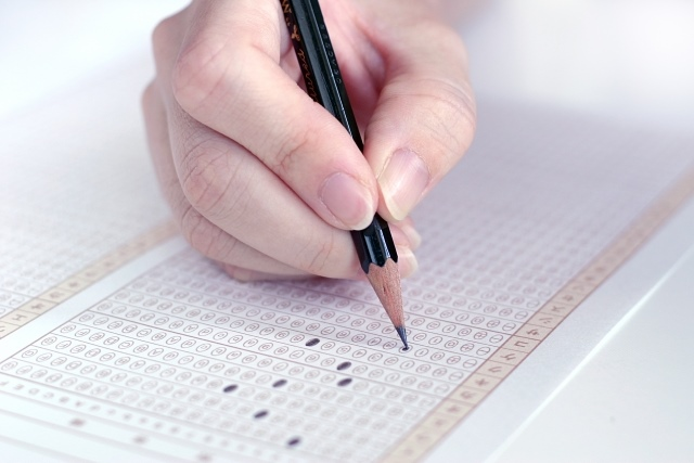 筆圧と学習の関係とは~筆圧が強いと勉強が苦手になることも~